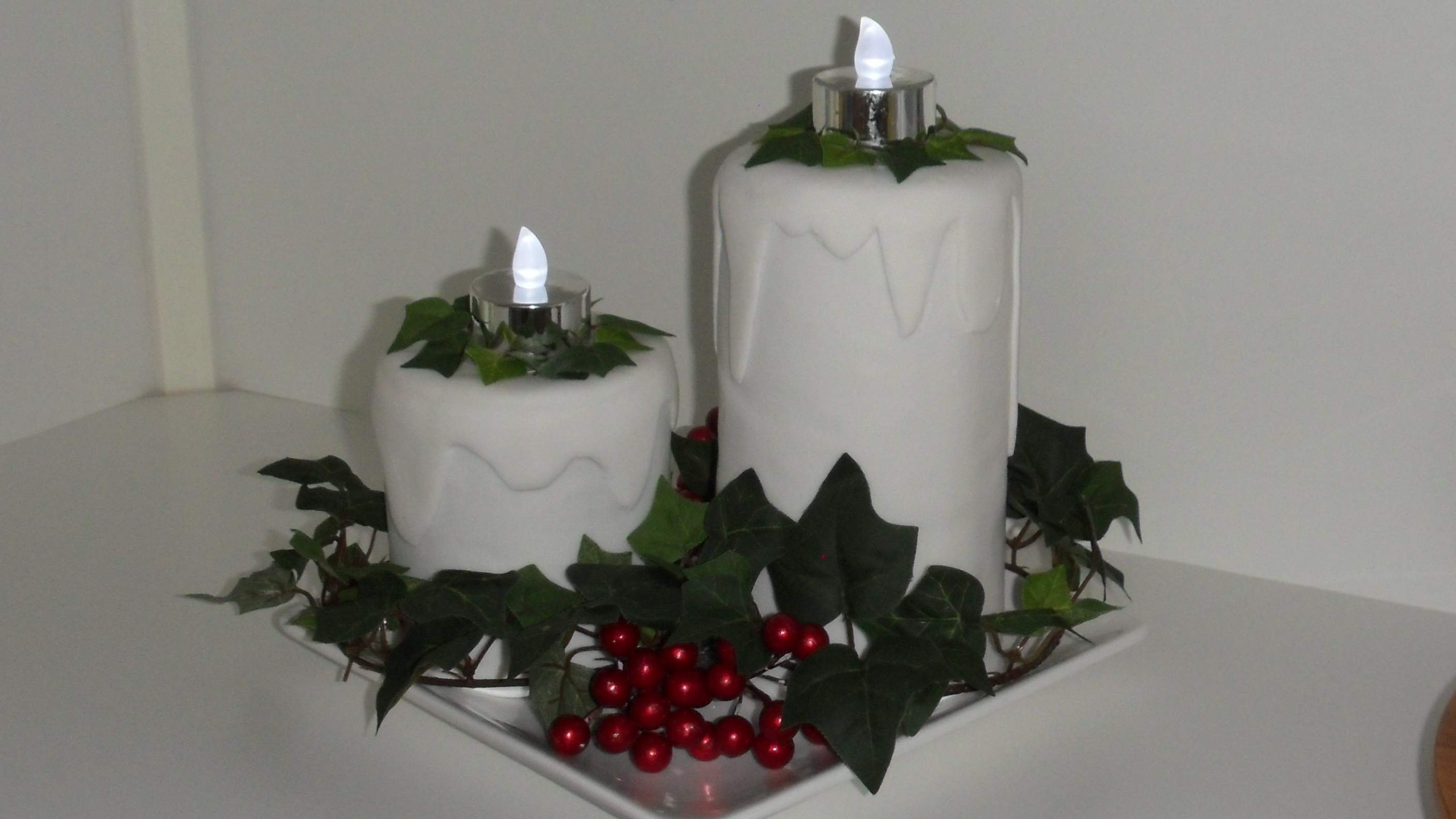 Christmas Candle Cake Images : Christmas Cake Icing, Almond Paste Recipe, and Finished ...